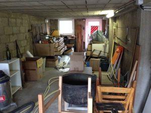 un débarras de maison et de garage